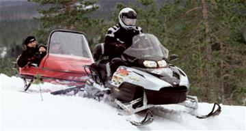 Snowmobile_tourism266x195.jpg