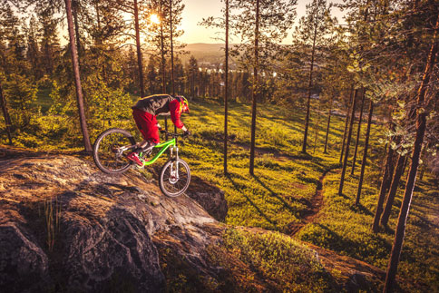 mountain-biking-midnight-su.jpg